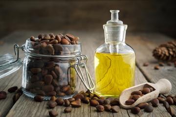 Чим цікава олія з ядер кедрового горіха?